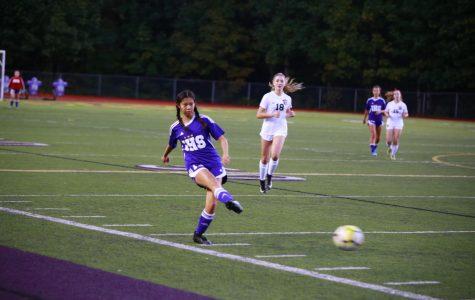 Issaquah JV Girls' Soccer Blanks Eastlake, 2-0