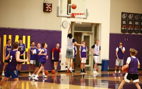 Eagles Basketball Gets Underway with Hopes for Success