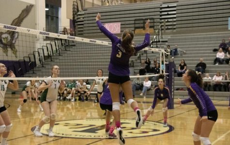 Issaquah Girls' JV Volleyball Takes the Win Against Skyline